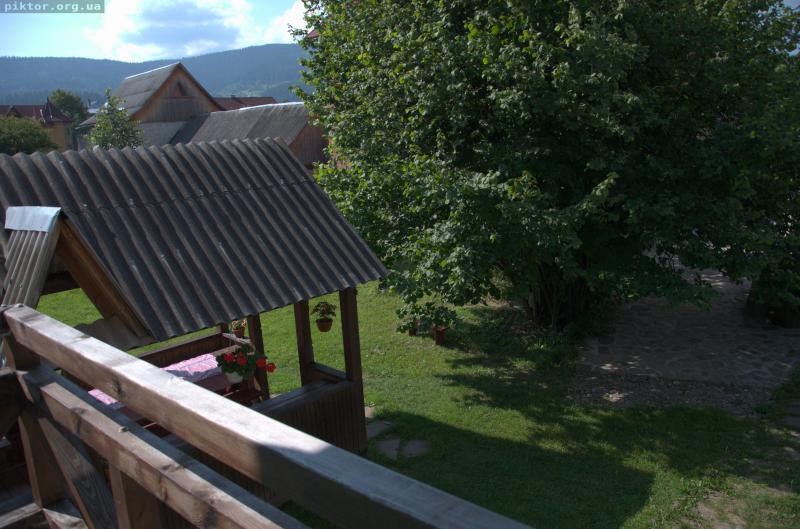 Вид з балкону