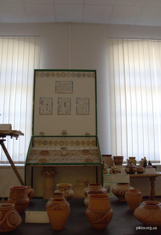 древній посуд