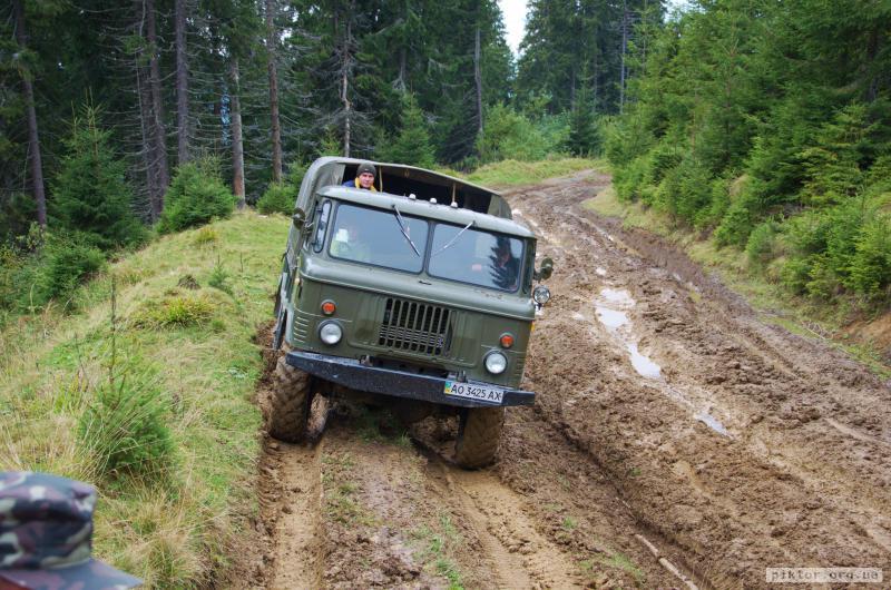 ГАЗ-66 і багнюка
