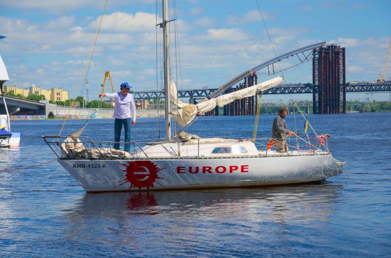 Яхта Європа