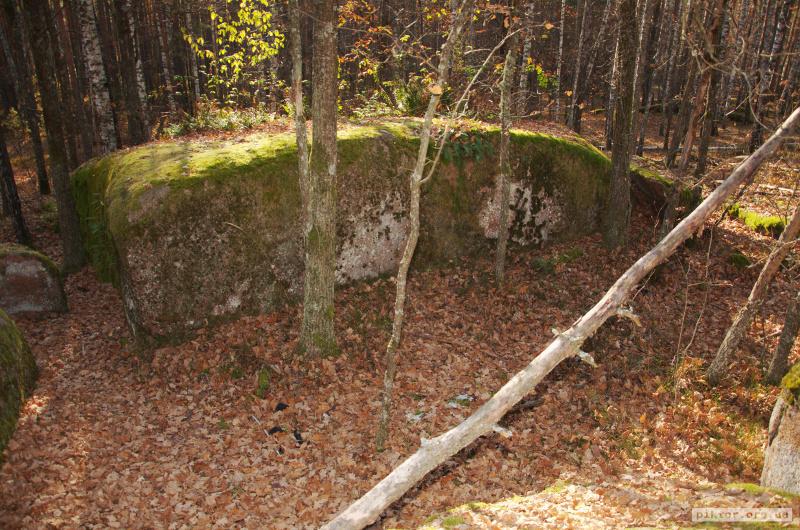 Камінне село