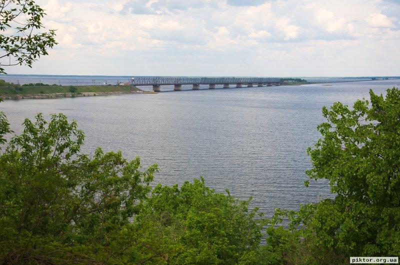 Міст і паром