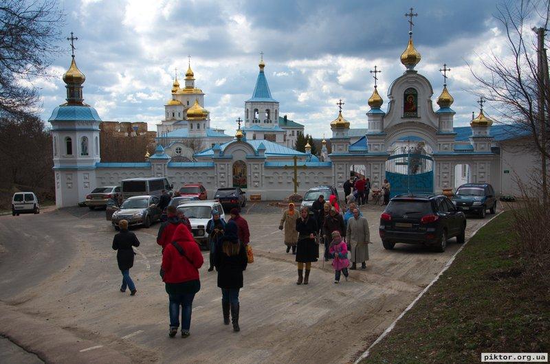 Мовчанський монастир
