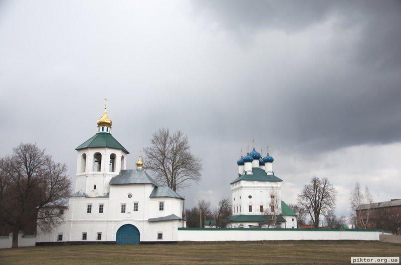 Святодухівський монастир