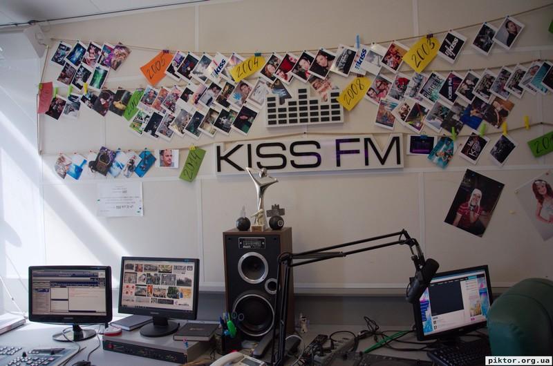 Kiss FM фотографії в студії