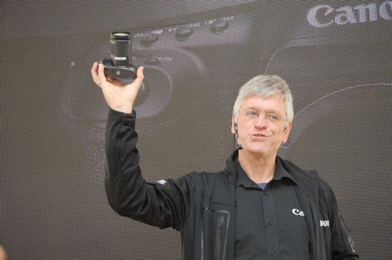 Ференц показує EOS M5