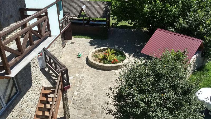 Двір садиби