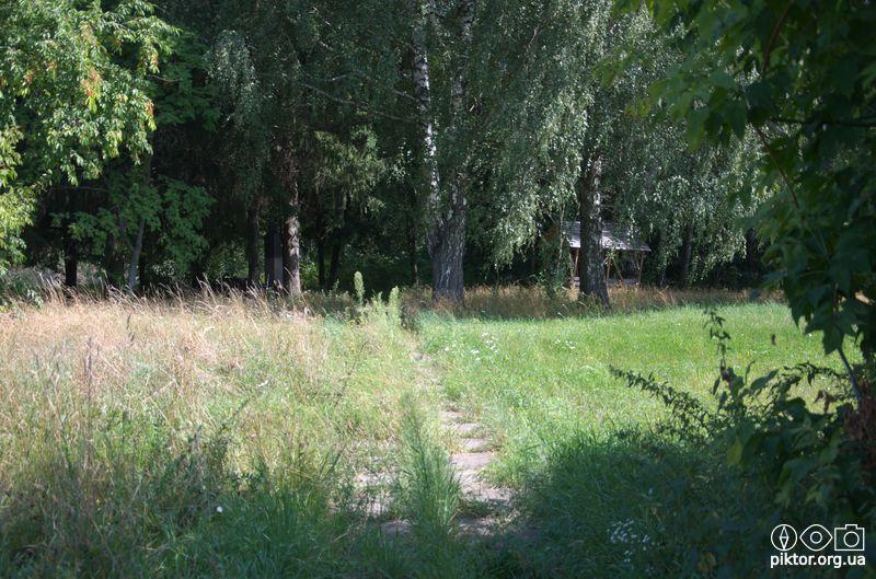 Могила-пам'ятник Миколи Ге