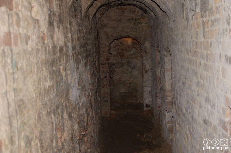 Коридори підземелля