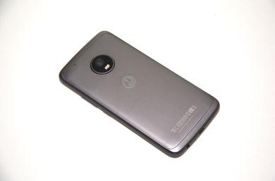 Загальний вигляд телефона