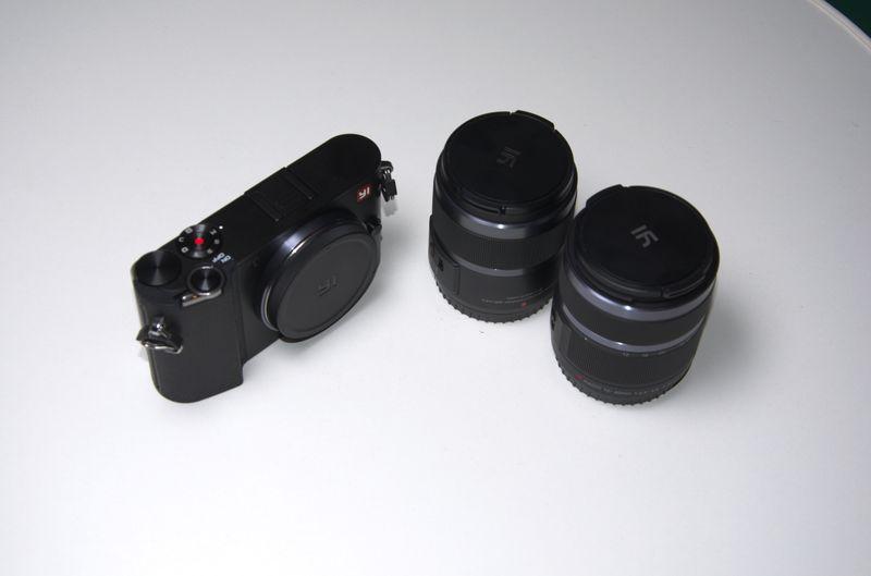 Камера і об'єктиви